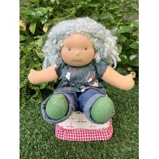 Bamboletta: Sitting Friends - Arlene